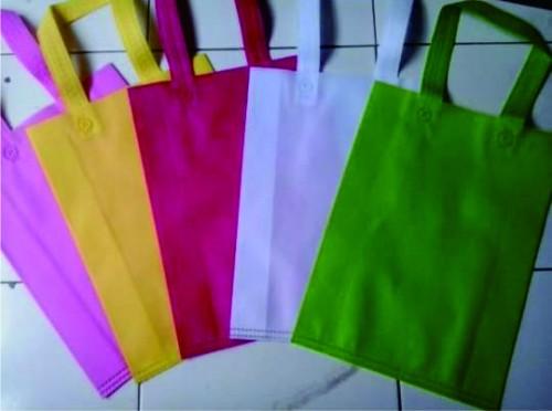 GLAMOR SKINCARE, TAS SPUNBOND, LABEL BAJU, Souvenir Promosi Pilkada, Souvenir Promosi, Souvenir, Souvenir Pernikahan, Souvenir Murah TAS GO GREEN, TAS KAIN, TAS ANTI PLASTIK, TAS RAMAH LINGKUNGAN Pabrik Tas Go Green Murah di Bandung, PABRIK TAS GO GREEN DI BANDUNG